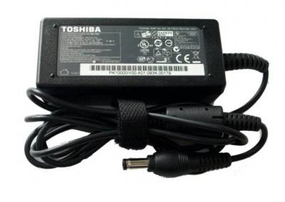 TOSHIBA Universal AC Adaptér 30W 19V